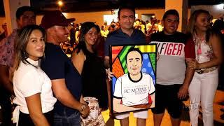 R C  Moraes recepcionou seus convidados com muita alegria em sua festa de aniversário