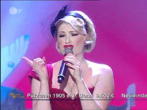 The Puppini Sisters - Mr. Sandman [live]