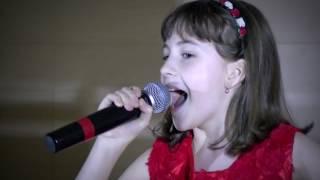 Delia Ciurea- Artist 100%