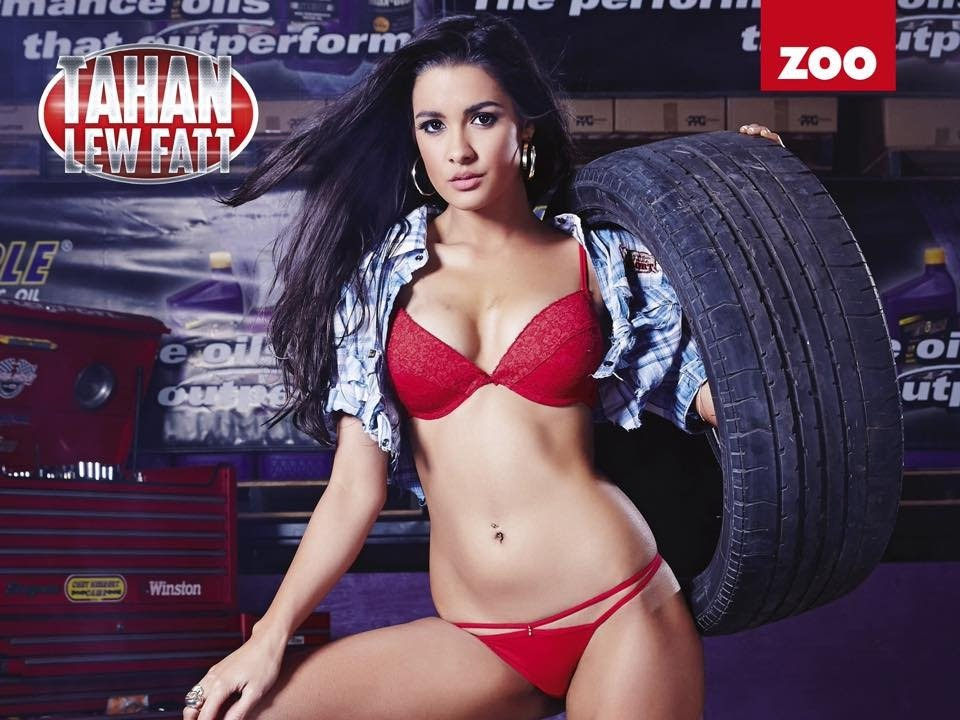 Underwear Girl Wallpaper V8 Superbabe Tahan Lew Puts You In Pole Position With Her