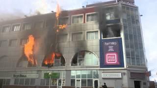 Пожар Королев(Горит торговый центр в Королеве., 2015-08-28T15:07:54.000Z)