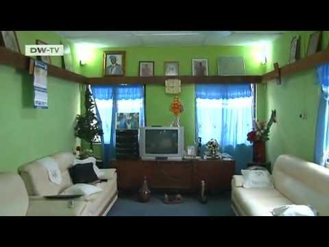 Global living rooms accra ghana global 3000 youtube for Room design in ghana