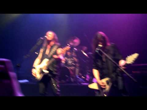 Helloween - Waiting for the Thunder - Live in Montevideo, Uruguay