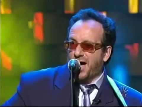 Late Night 'Elvis Costello 9/24/04