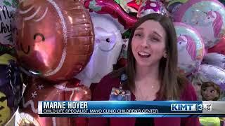 Balloon Brigade looks to spread holiday cheer