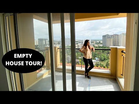 We bought a house | Empty house & Society tour!