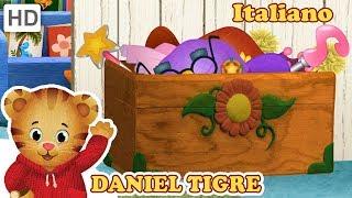 Daniel Tiger in Italiano 🦁 Indossiamo Costumi Fantastici! | Video per Bambini