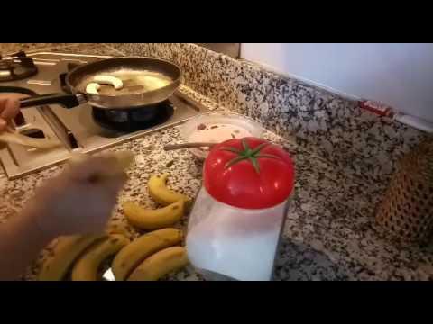 Gâteau de crêpes et banane et ganache
