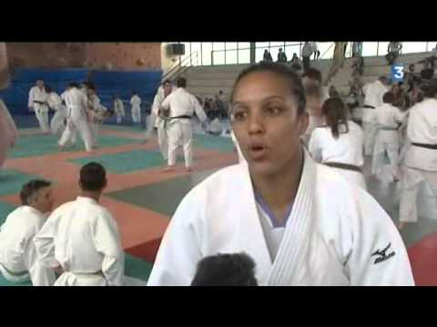 Lucie Décosse, une invitée d'exception au club de judo de Jonzac
