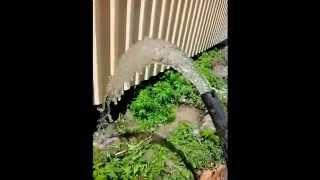 Провести воду в дом из скважины(Успешное бурение скважины на воду в таких условиях говорит о высоком профессионализме этих людей., 2014-07-21T17:43:51.000Z)