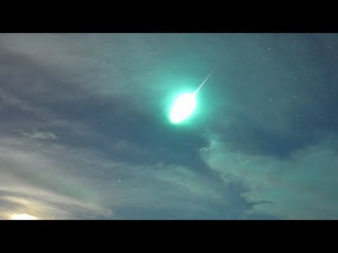 "Fire in the Sky News - San Diego eyewitness - ""It looked like a UFO"" (quote)"