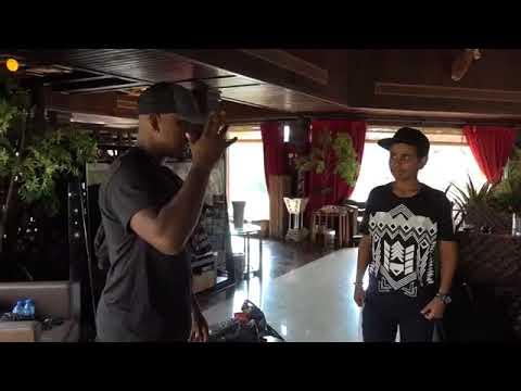 Sneaker Talk with NEYO    SO SICK