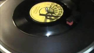 DESMOND DEKKER- SING A LITTLE SONG (Subtìtulos Español)