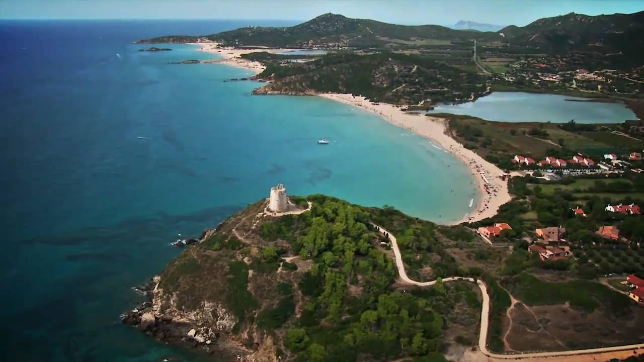 Chia laguna resort spot destinazione youtube for Bagnoschiuma v