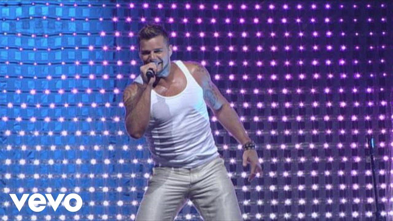 Download Ricky Martin - Drop It on Me / Lola, Lola / La Bomba Medley (Live Black & White Tour)