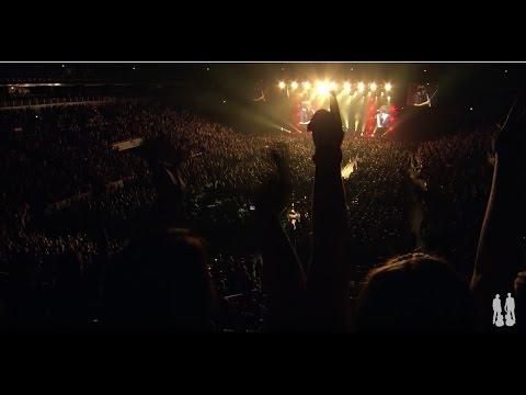 2CELLOS  Back in Black  at Arena Zagreb