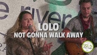 Lolo performs
