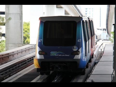 RFW: Metromover APM 100 between College/Bayside and Government Center