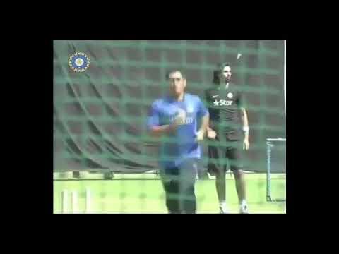 Ms dhoni bowling to indian captain virat kohli