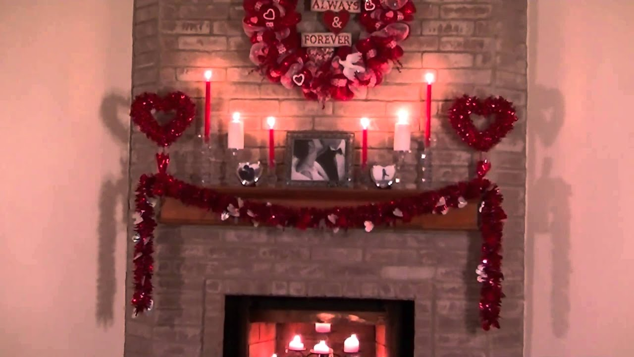 mantel centerpiece of image living holiday room decoration decor fireplace joanne russo ideas decorations