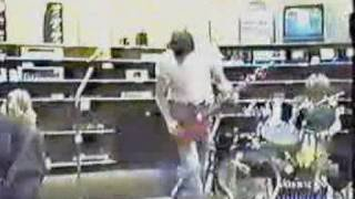 Nirvana - Early Video 1988 - News Clip from 1994