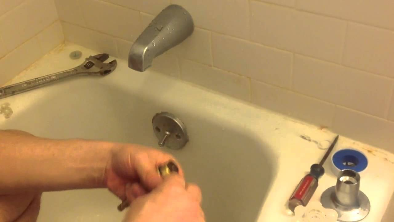 How to change a washer in your bathtub - YouTube