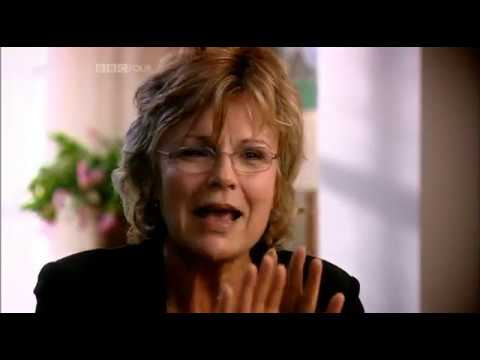 Julie Walters interview (Dawn French, 2006)