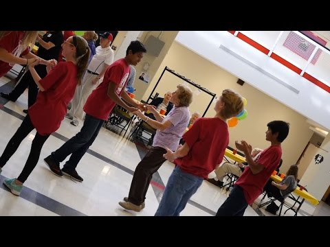 Students Make Seniors Feel Welcome at Rockwood Valley Middle School