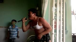 Ca sĩ Hà Phương bị lộ clip sex khi biểu diễn thumbnail
