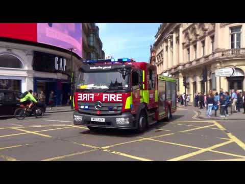 London Fire Brigade WX17 XZY  Blue Lights Piccadilly Circus London May 18 2018
