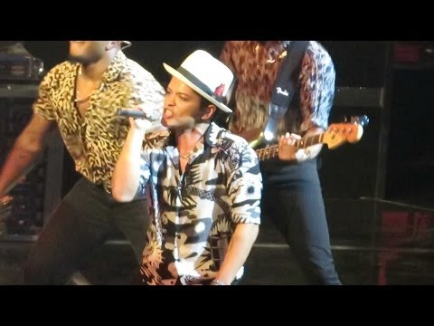 Bruno Mars Moonshine/Natalie