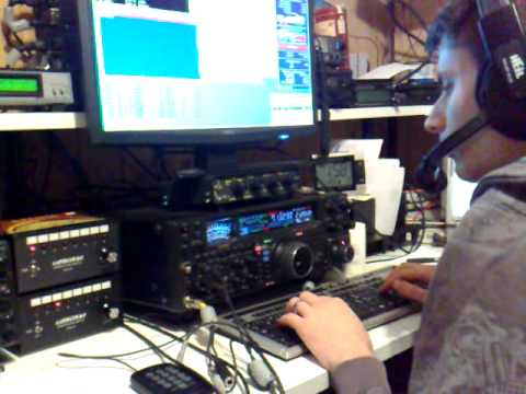 HB9/SQ9MLL - HB9EE and Chris HB9ELV try to catch OX2A 2 min before the end of CQ WW SSB Contest 2010