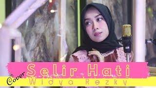 Selir Hati - versi minang (cover by widya rezky)