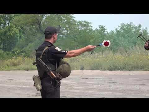 Поліція Луганщини: 28.08.2019_У м. Гірське поліцейські зі складу Об'єднаних сил провели оперативно-профілактичні заходи