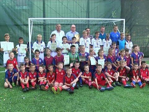 Футбольный клуб барселона в днепропетровске
