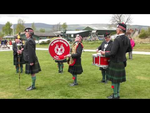 Final display by Gordon highlanders drums and pipe band Aberdeen at Deeside Activity Park May 2017