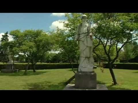 Forest Lawn Memorial Gardens Tour - YouTube