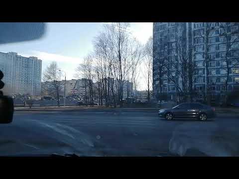Снесли магазин Перекрёсток в Теплом стане. Строка Комунарской линии метрополитена.