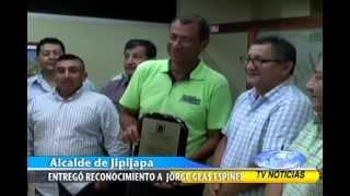 ING JORGE GLAS ESPINEL RECIBE RECONOCIMIENTO DEL ALCALDE DEL CANTÓN JIPIJAPA