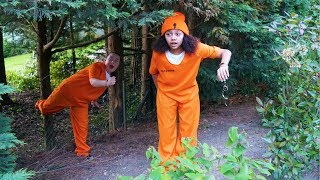 GIRLS PRISON ESCAPE!!