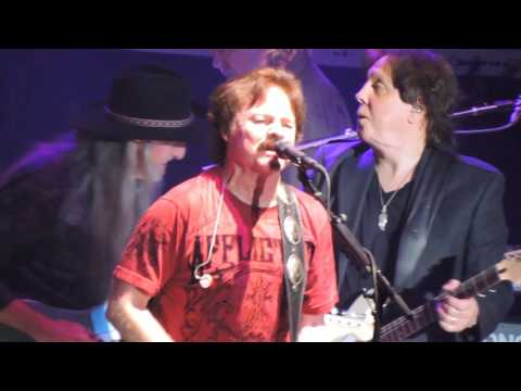 Doobie Brothers Without You, Listen To The Music Live at L.A. Forum 2017