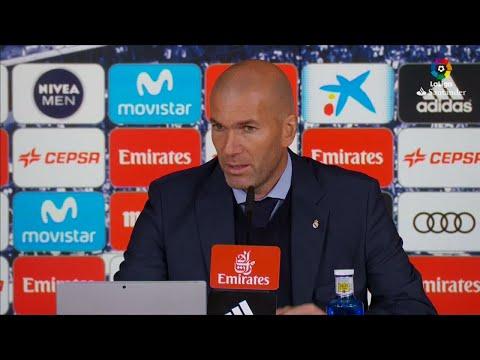 زيدان: سعيد لأجل رونالدو الذي سجل هدفين في مباراة ريال مدريد وإشبيلية  - 11:23-2017 / 12 / 11