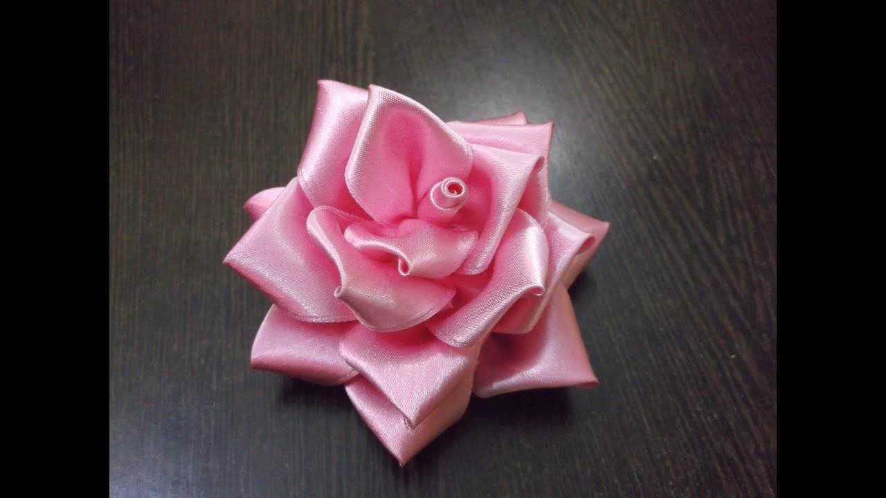 Roses of satin ribbons (photo). How to make a rose with your own hands 90