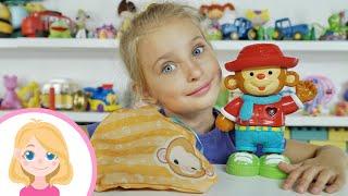 МАВПОЧКА І НОВІ ОДЕЖИНКИ - Маленька Віра - Розпакування нової іграшки і примірка різних нарядів