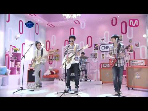CNBlue (씨엔블루) - Love Girl (러브걸) (0421 Mcountdown)