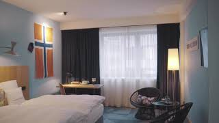 11  Extra Large Guest Room - 25hours Hotel Frankfurt The Trip