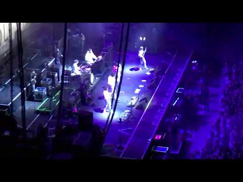 Kasabian - Opening and Ill Ray (The King) (HD) live at The o2, London 02-12-17