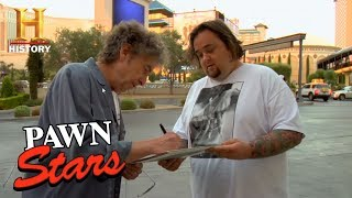 Rick sends Chumlee on a mission to track down Bob Dylan for an auto...