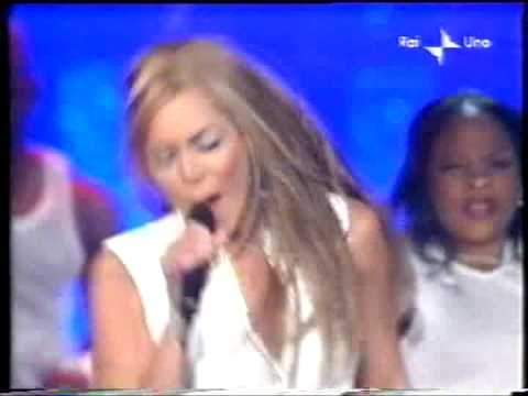 Destiny's Child - Survivor (Live @ Sanremo 2002)