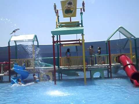 Jasmine toledo en la piscina de la granja villa 2012 youtube for Piscina juan de toledo